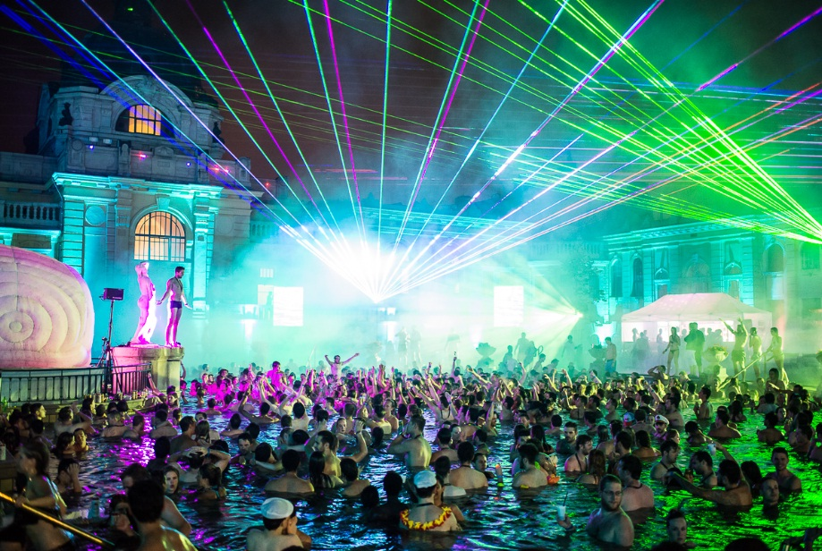 Rave Places