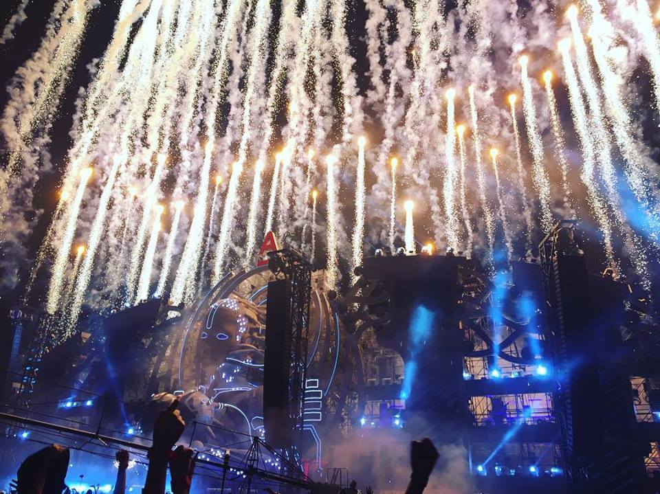 Main Stage Fireworks