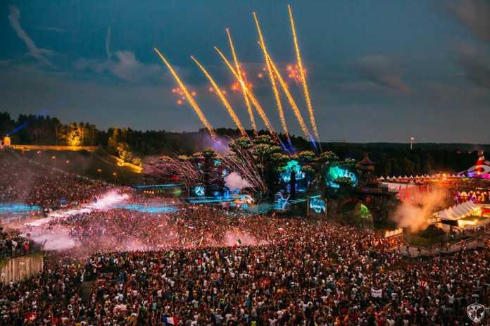 Tomorrowland lineup cirez d steve angello
