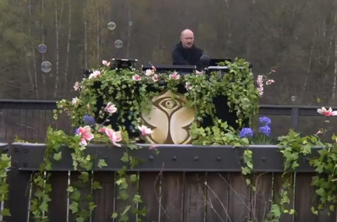 tomorrowland 2018 paul kalkbrenner
