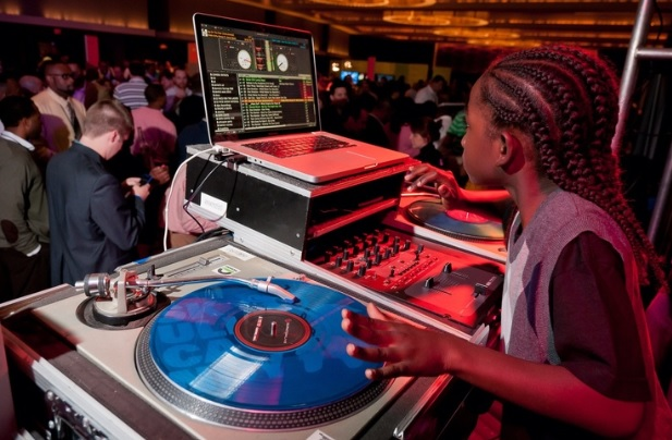World's Youngest DJs