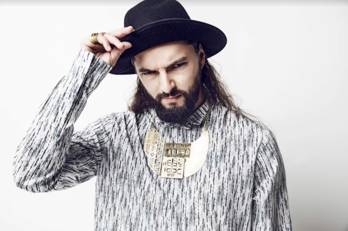 Salvatore Ganacci sends message against animal cruelty in