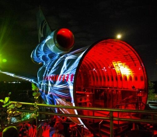 Bali 's Gate 88: The DC-10 Airplane Turned In Nightclub