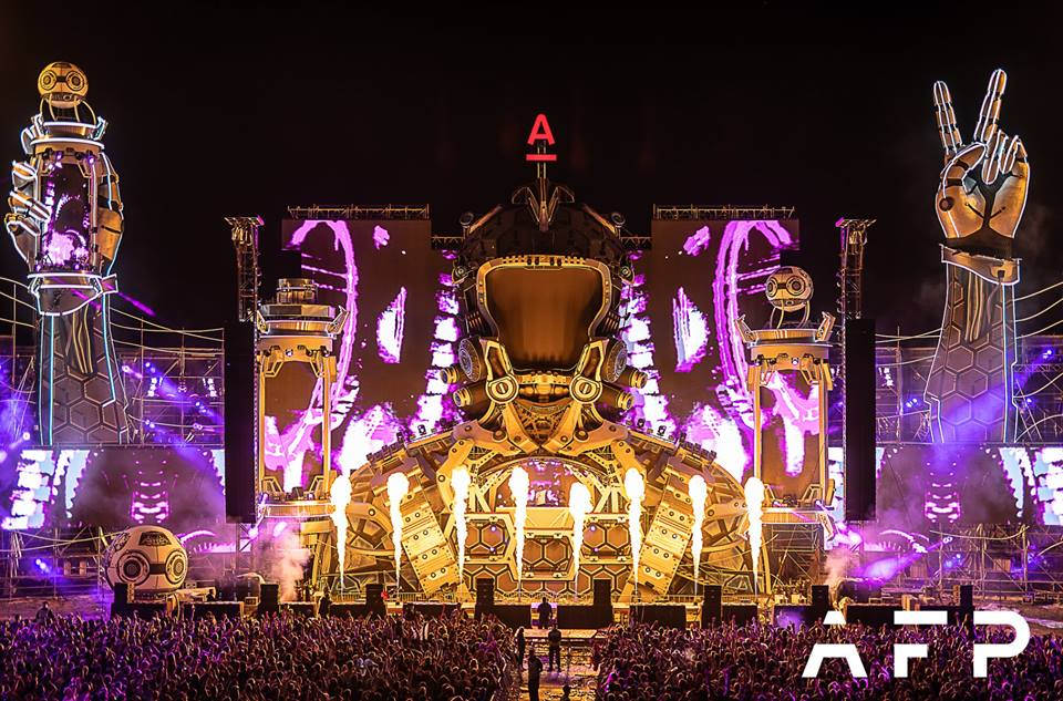 Check out Alfa Future People's 2018 breathtaking mainstage