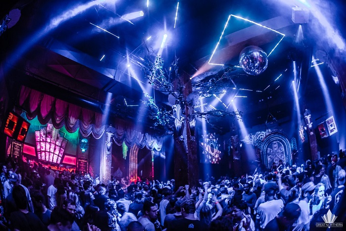Lights, visuals and large crowd at Great Northern nightclub SF