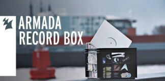 Armada Record Box Radio